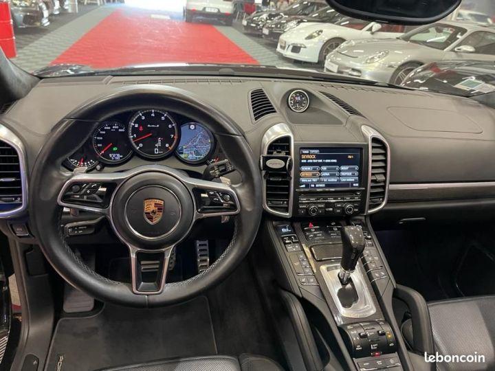 Porsche Cayenne Turbo S - 5